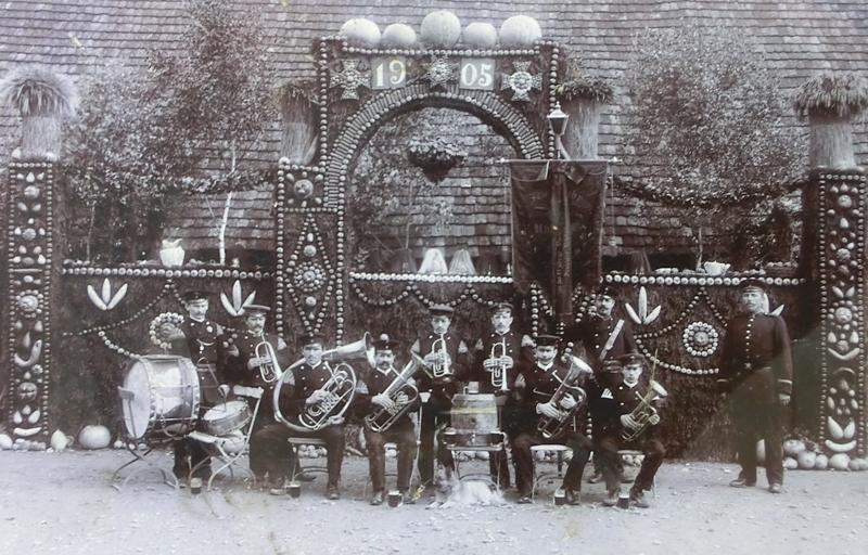 Musikverein Uhlbach 1905 beim Landwirtschaftlichen Hauptfest