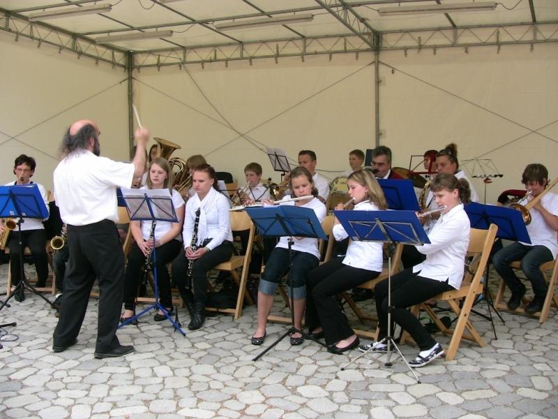 Bürgertreff MVU 2009 - Jugendkapelle mit Dirigent Winkler